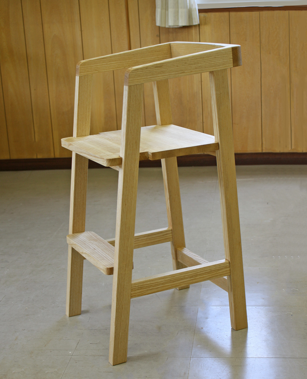 Kids' Chair for kitchen counter