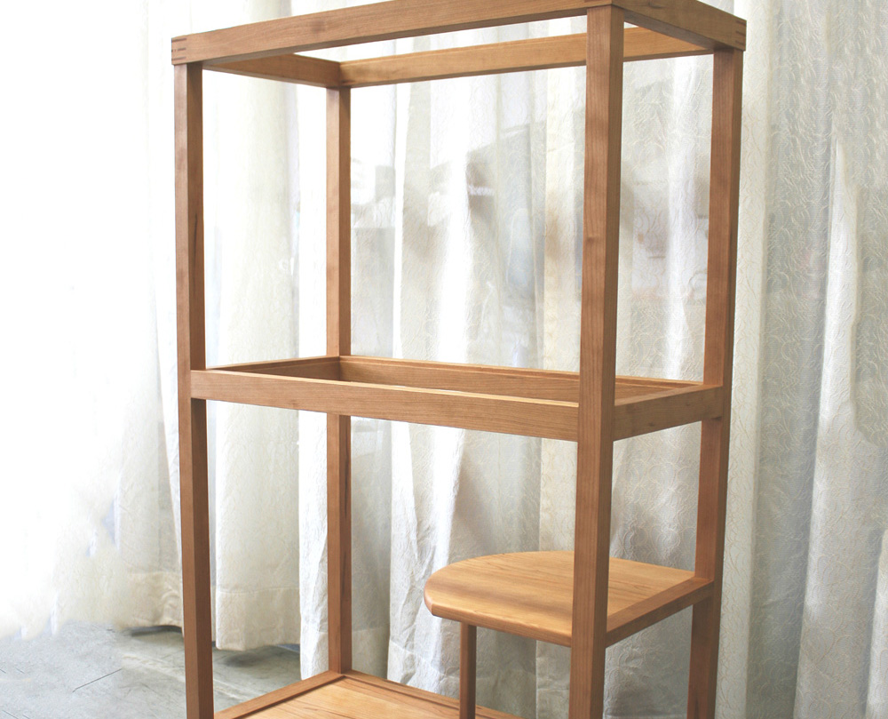 Display cabinet for Japanese Arita Porcelain Plate